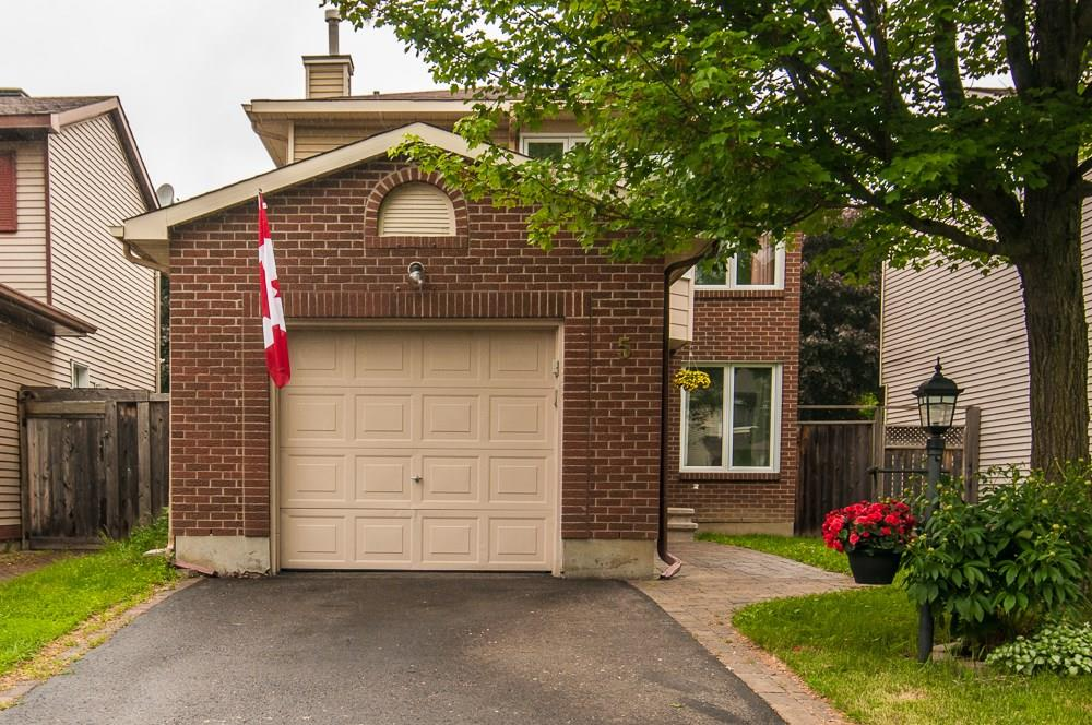 Real Estate - Nepean -