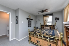 Real Estate -   41 ELGIN STREET E, Arnprior, Ontario -