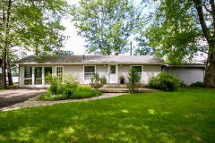 Real Estate Listing  4252 Armitage Avenue Dunrobin Shores