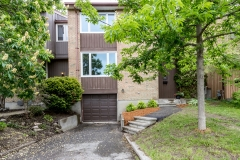 Real Estate Listing  2776 Springland Ottawa